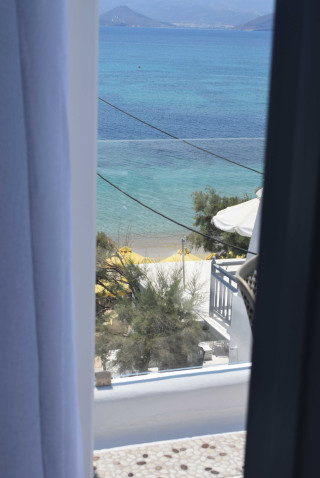 suite 2 with sea views naxian breeze balcony