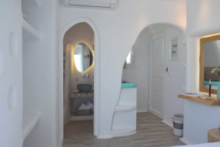 suite 2 with sea views naxian breeze room area